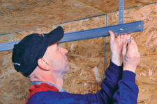 5 Compelling Reasons NOT to Repair Your Garage Door Yourself